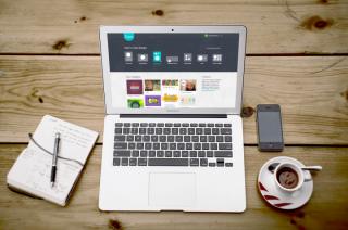 Canva-Online-Graphic-Design-Platform-720x478